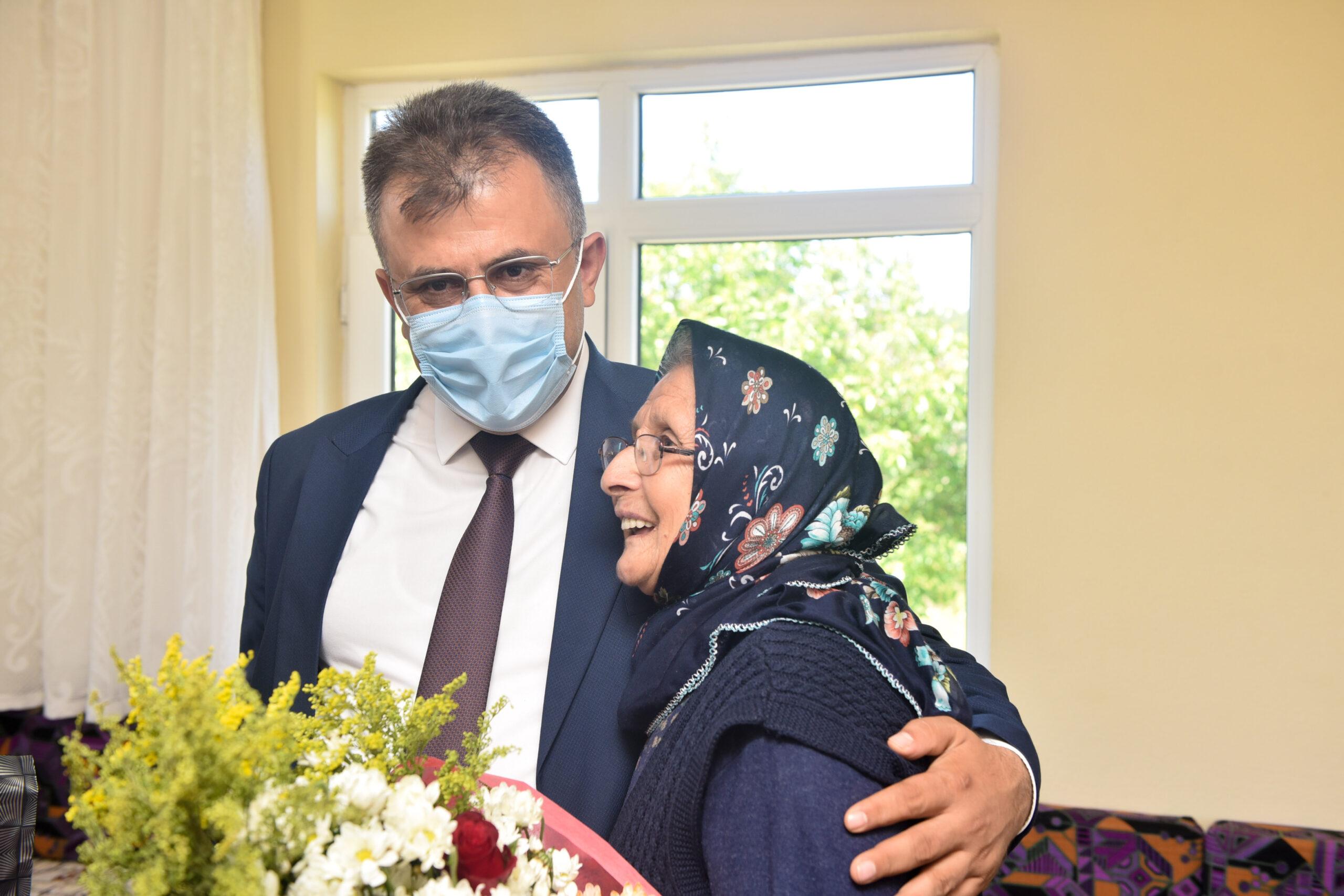 Şehit Yılmaz'ın ailesine ziyaret