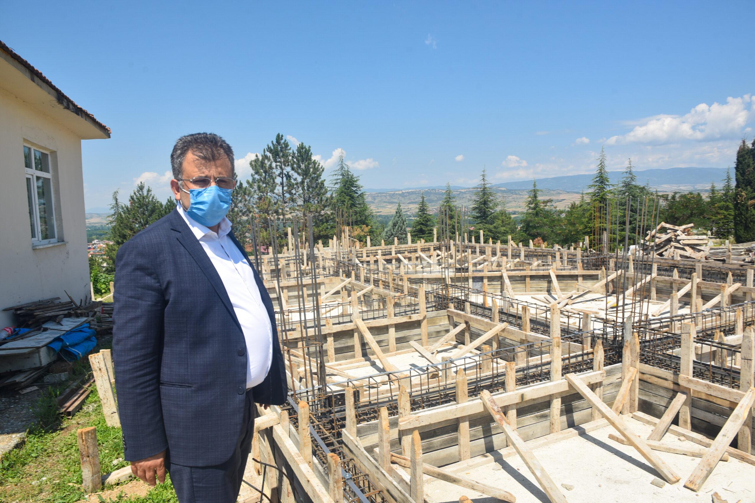 Yeni Sarımsak Pazarı'nın ve Cenaze Hizmetleri Binası'nın yapımına başlandı